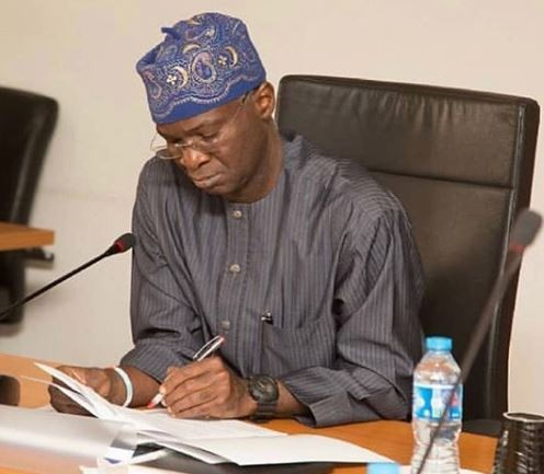Fashola's Ministry of power reportedly budgets N168m for generators and fuel in 2019