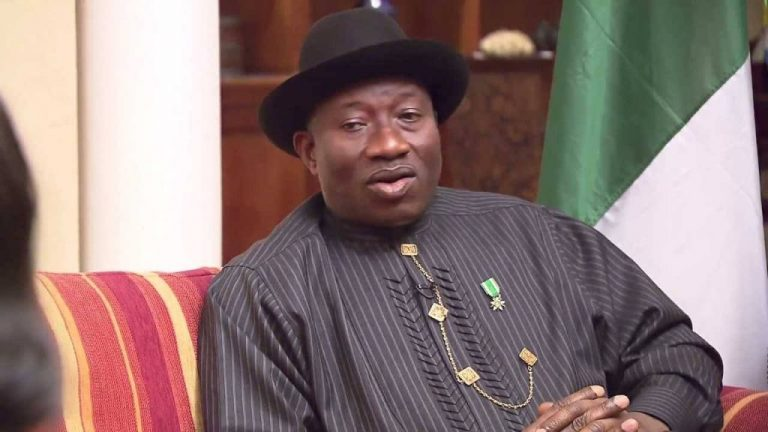 PDP leaders visit Jonathan and beg him to stay amid reports he wants to decamp to APC