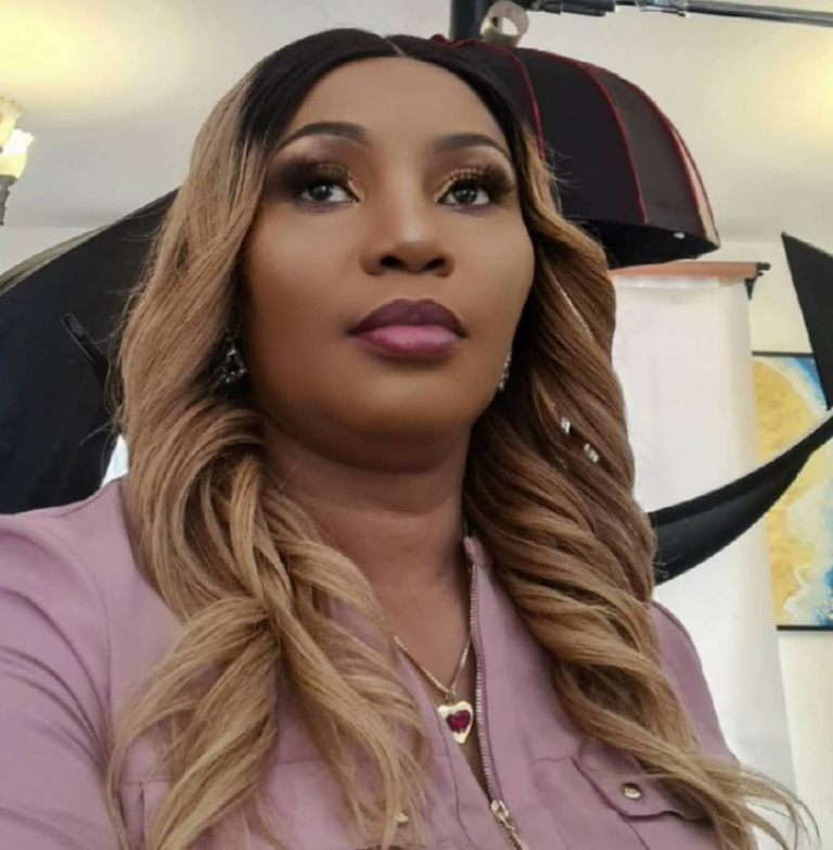"""""""Forgive and fight for your marriages"""" – Divorced Kenyan gospel singer advises women to stick to their cheating husbands"""