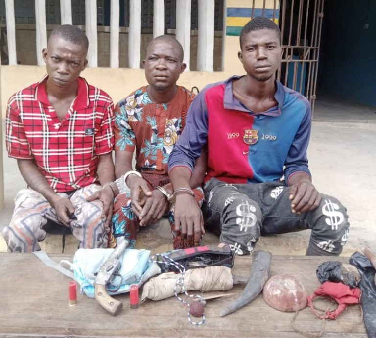 Three arrested for using jazz to rob a provision shop