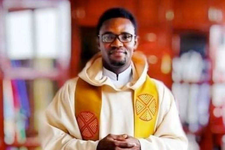 """Avoid prophecy in choosing who to marry – Nigerian Catholic priest advises after man was told by 'charismatic sister' that his girlfriend is not """"the one"""""""